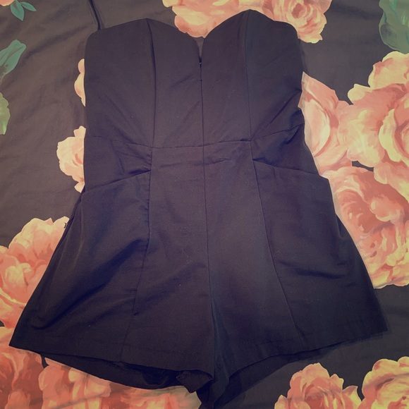 H&M Dresses & Skirts - H&M Strapless Black Romper (with pockets)